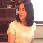 55歳・五十路の美熟女な人妻が夫の留守の間に強引ながらも寝取られ・・・ 新垣百合子